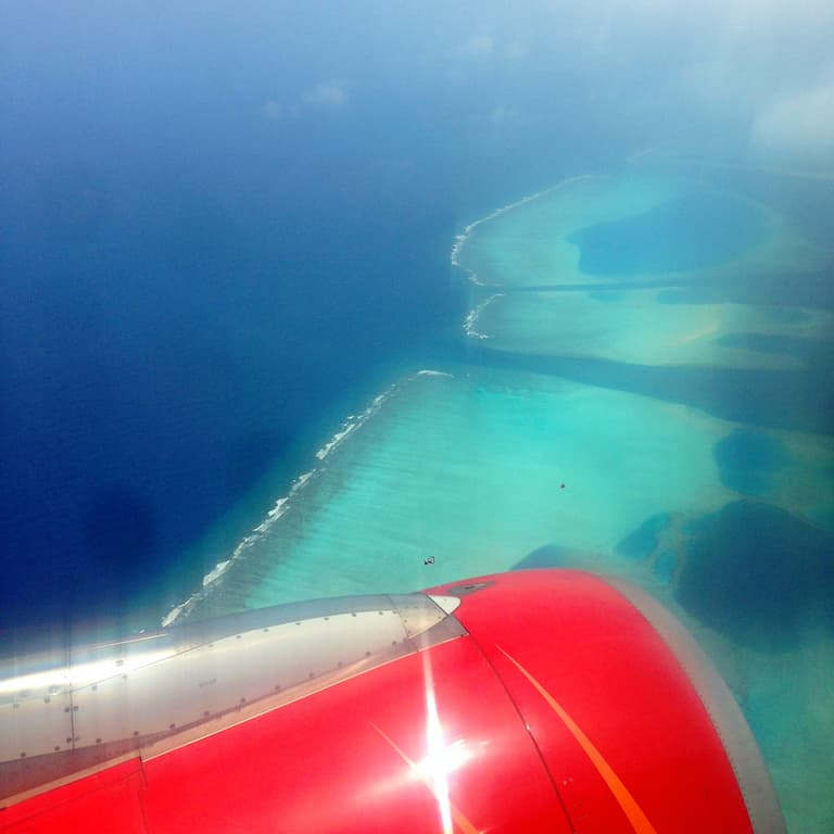 flying into maldives